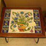 tavolino in maiolica