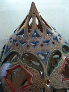Aladdin's lamp detail